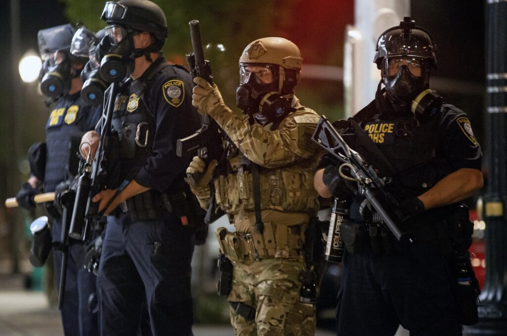 Portland Federal Officers